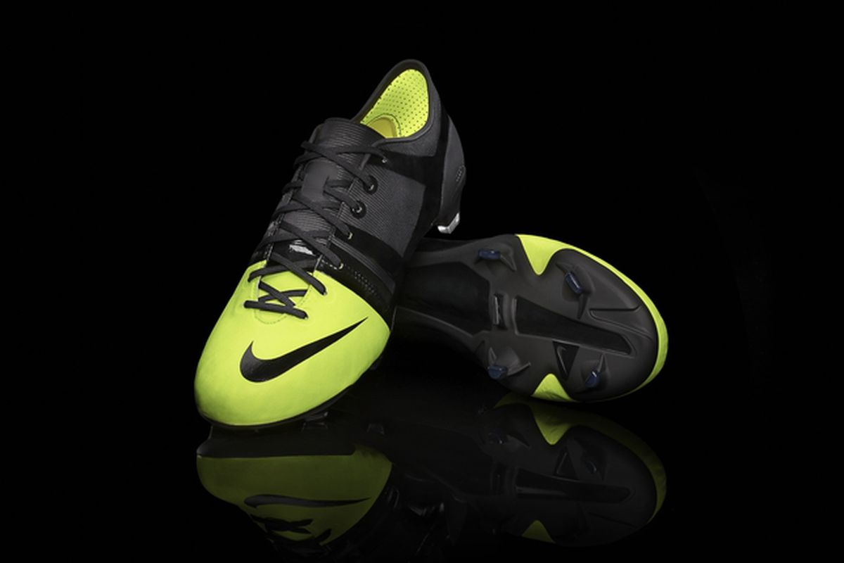 the best attitude 7033f 5c5a2 Nike GS football boot.