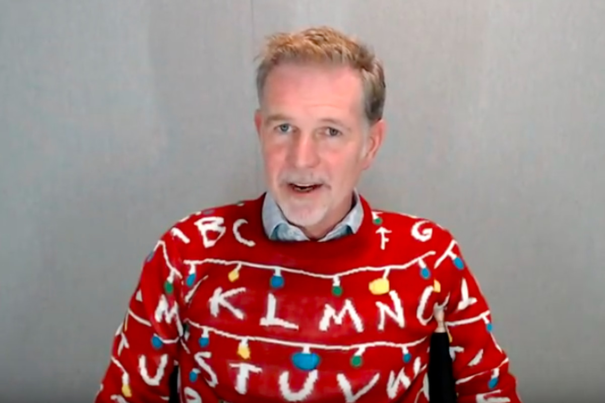 A Stranger Things Christmas.Netflix S Reed Hastings Wore A Stranger Things Sweater On