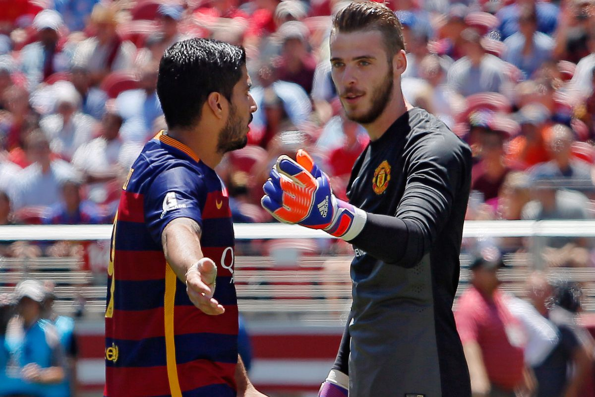 De Gea will be able to have many battles with Luis Suárez once he signs for Real Madrid.