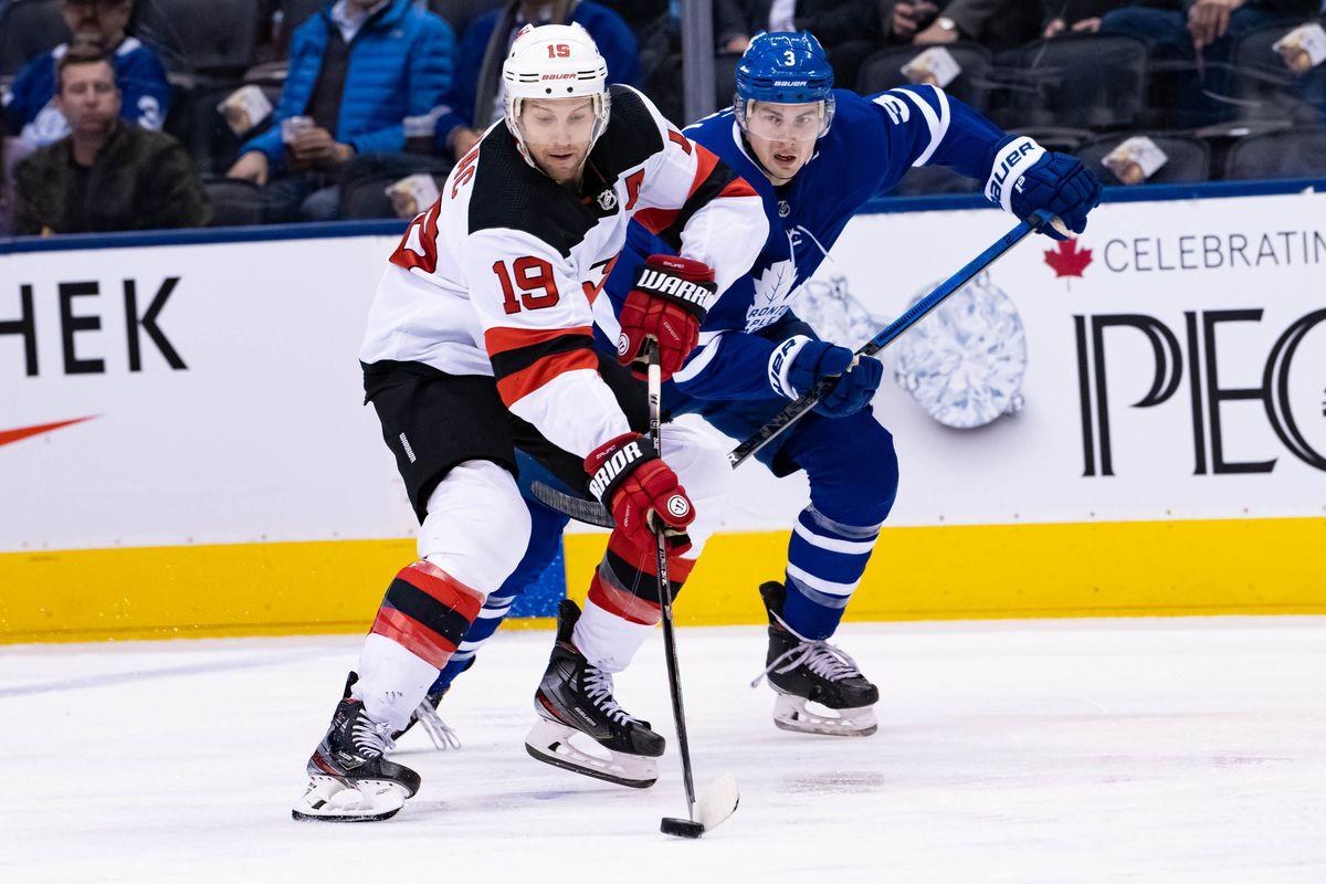 NHL: JAN 14 Devils at Maple Leafs