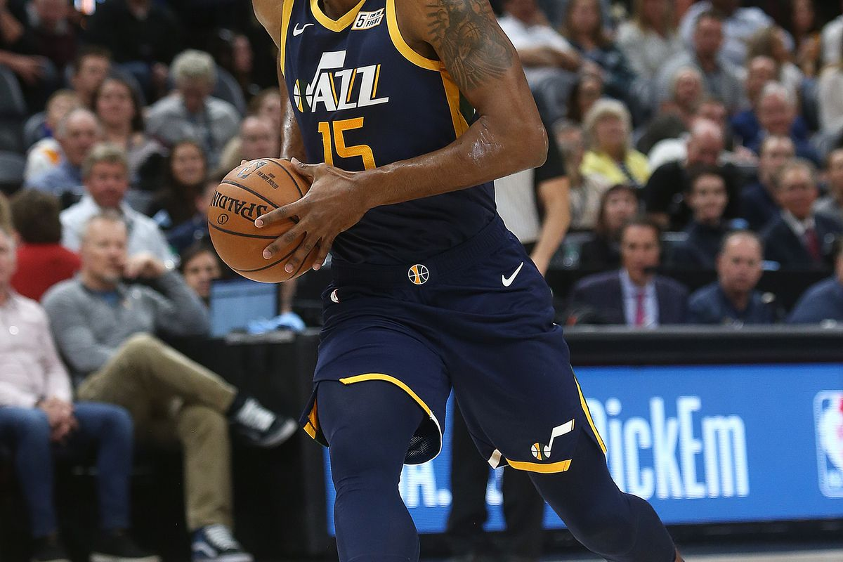 Utah Jazz forward Derrick Favors (15) drives hard to the hoop for a dunk as Utah Jazz and the Las Angeles Lakers play at Vivint Smart Home Arena in Salt lake City on Wednesday, March 27, 2019.