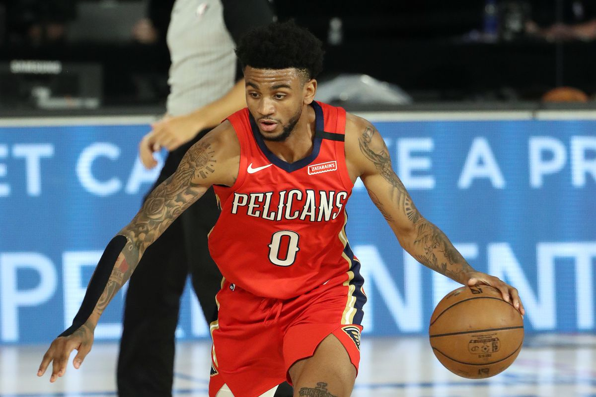 Nickeil Alexander-Walker of the New Orleans Pelicans handles the ball during the game against the Sacramento Kings on August 6, 2020 at The HP Field House at ESPN Wide World Of Sports Complex in Orlando, Florida.