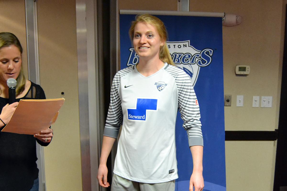 Boston Breakers unveil 2016 jersey