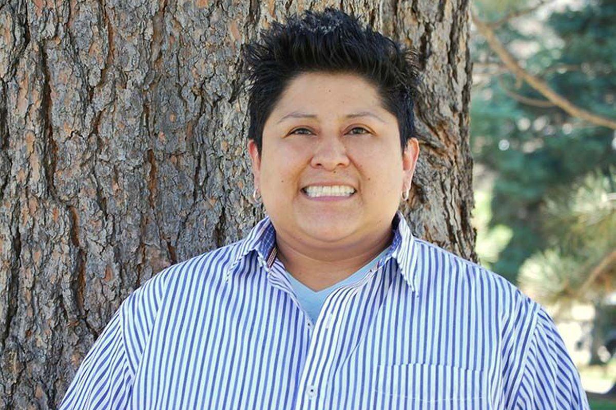 Julie Bañuelos