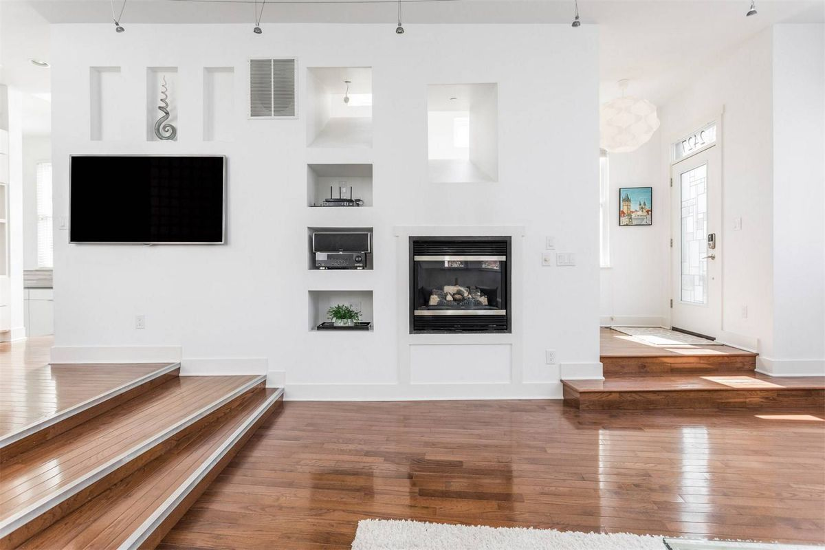Modern home with Victorian touches asks $480K - Curbed