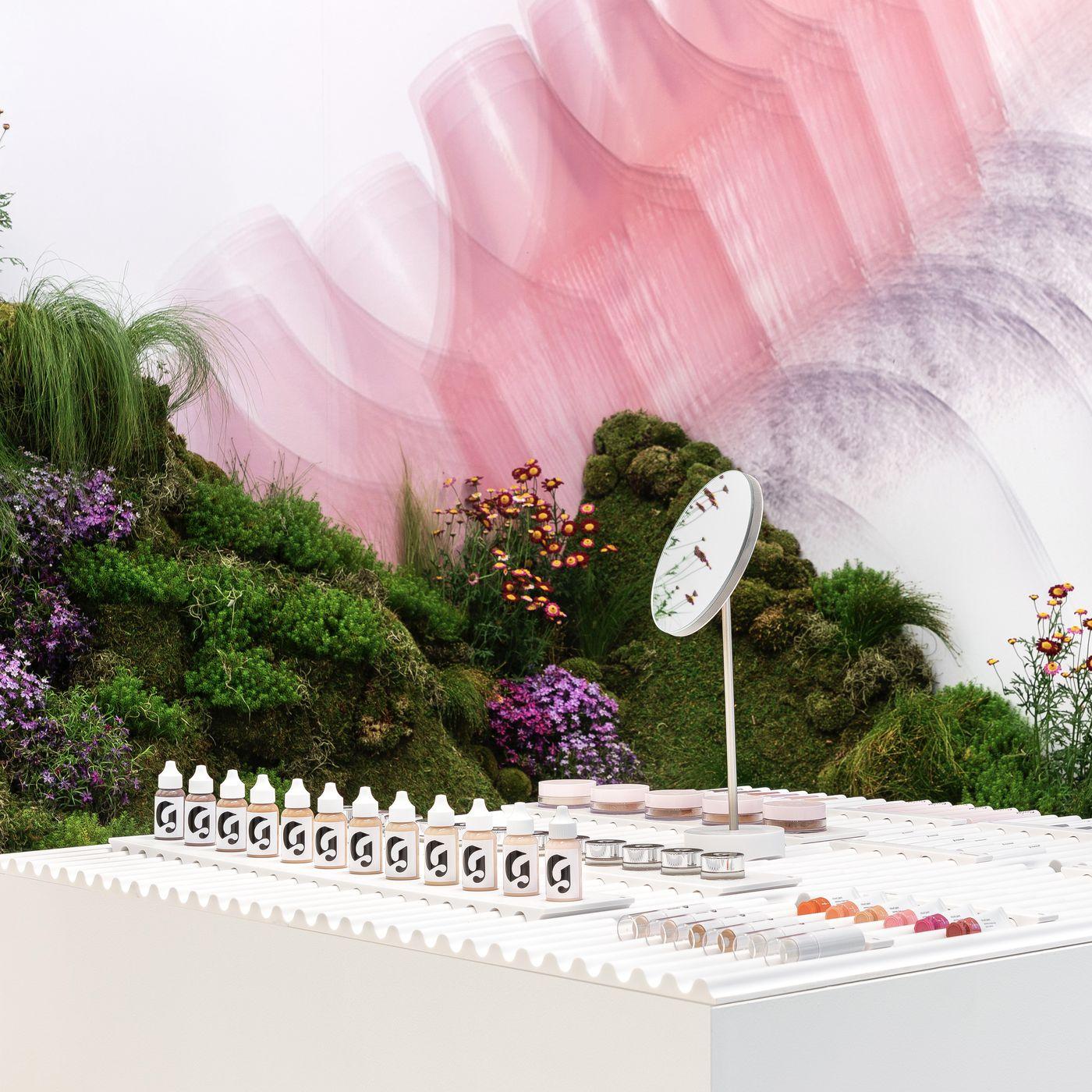 glossier wallpaper phone