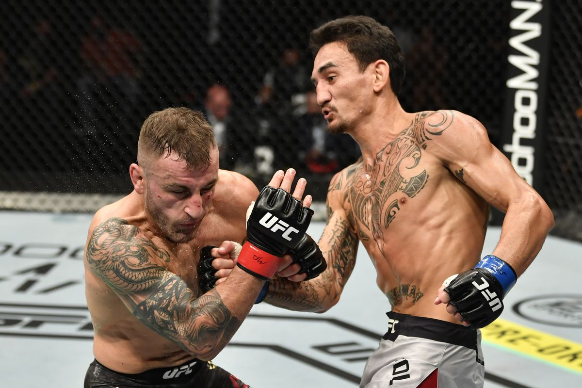 Max Holloway Hard To Be Mad About Alexander Volkanovski Loss When 80 To 90 Percent Of The World Thought I Won The Fight Mma Fighting