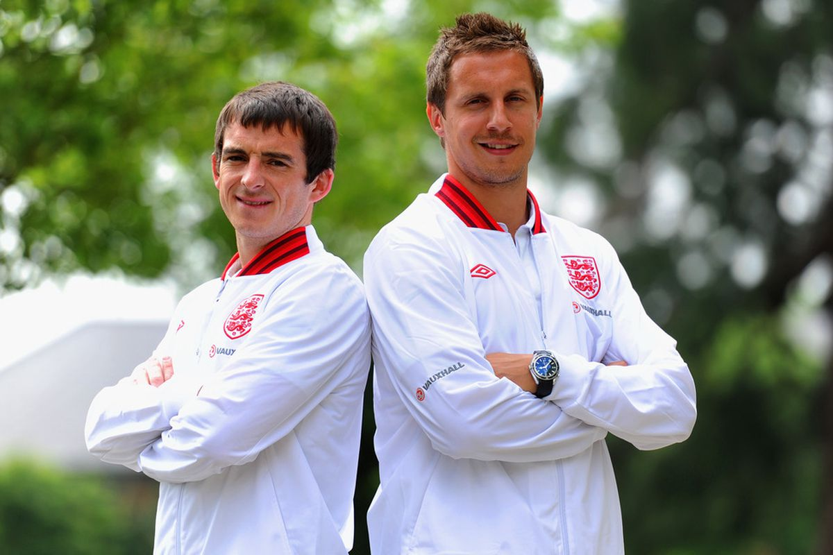 WATFORD, ENGLAND - MAY 29: Phil Jagielka and Leighton Baines pose after the England press conference at the Grove Hotel on May 29, 2012 in Watford, England.  (Photo by Michael Regan/Getty Images)
