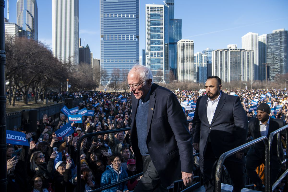 Presidential candidate Bernie Sanders exits from stage after speaking to thousands, at his rally in Grant Park, Saturday, March 7, 2020.   Tyler LaRiviere/Sun-Times