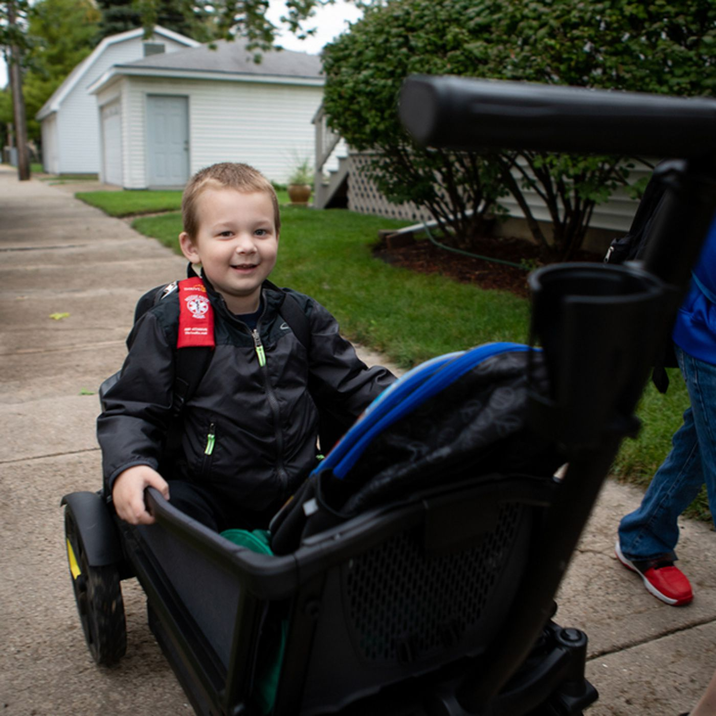 Mom stays with kindergartner because Chicago Public Schools