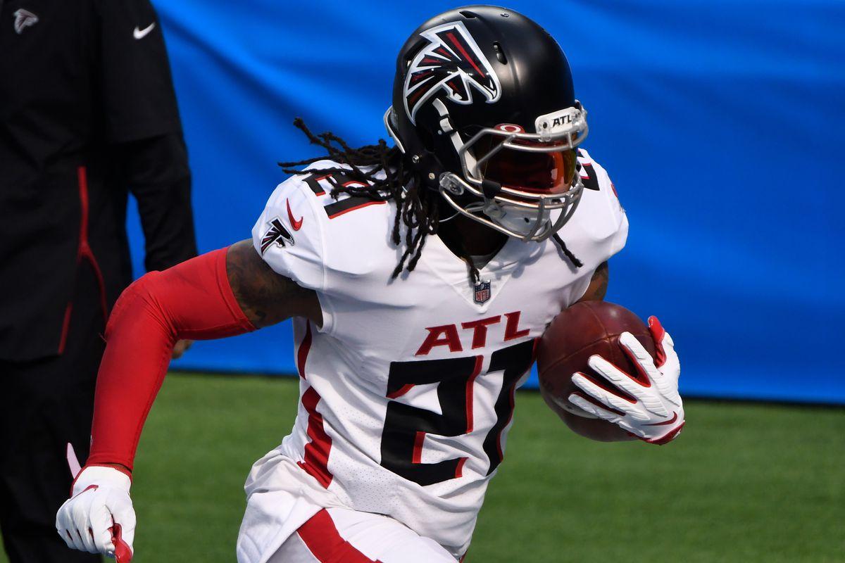 Atlanta Falcons running back Todd Gurley (21) during pregame warmups before playing the Los Angeles Chargers at SoFi Stadium.