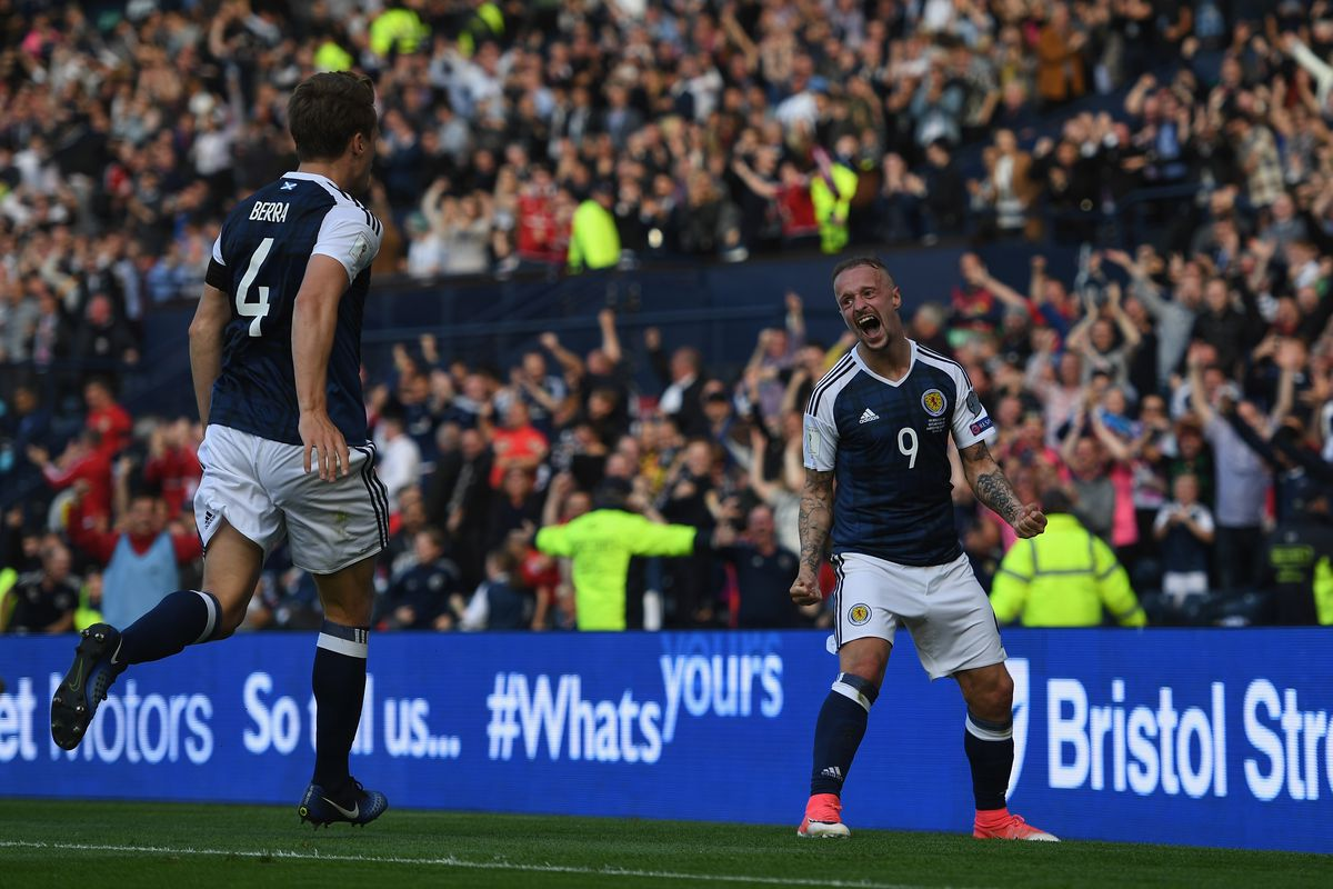 Kane's late strike denies Scotland victory at Hampden Park