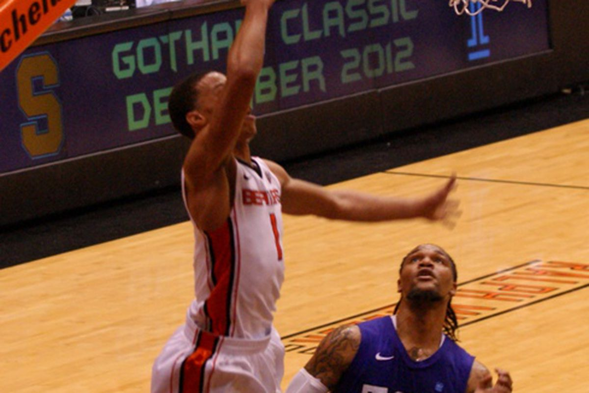 Jared Cunningham made 10 of 12 shots on his way to a game high 27 points, leading Oregon St. to a 101-81 win over TCU in the CBI Quarterfinals. <em>(Photo by Andy Wooldridge)</em>