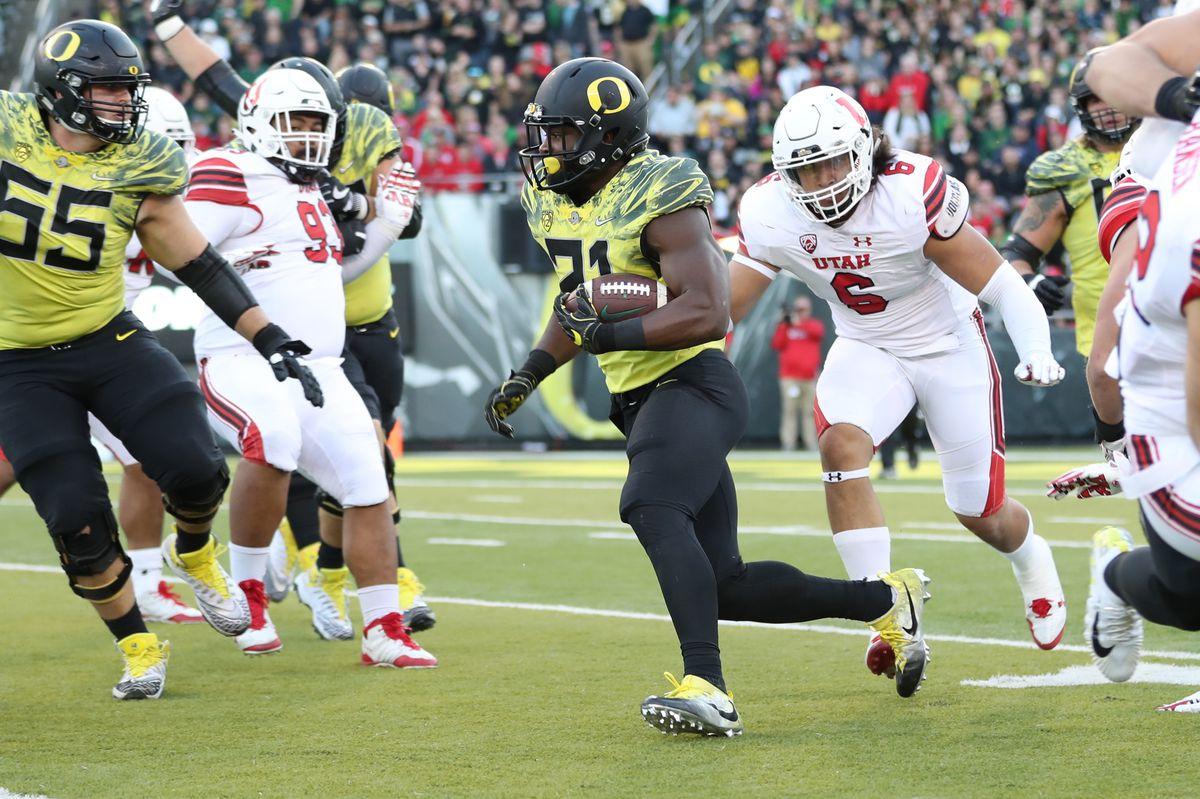 NCAA Football: Utah at Oregon
