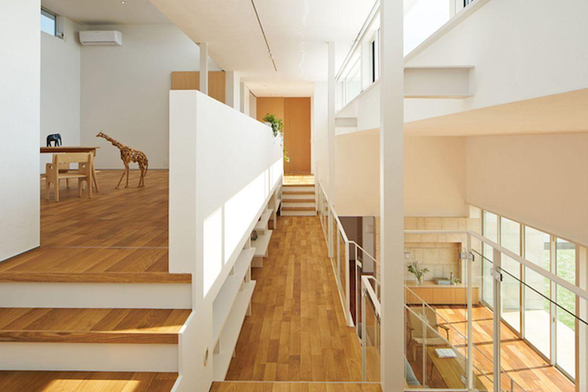 """All photos by <a href=""""http://www.fwdinc.jp/"""">Daici Ano</a> via <a href=""""http://www.dezeen.com/2015/09/27/mamm-design-open-plan-house-kai-japan-street-between-floors/"""">Dezeen</a>"""