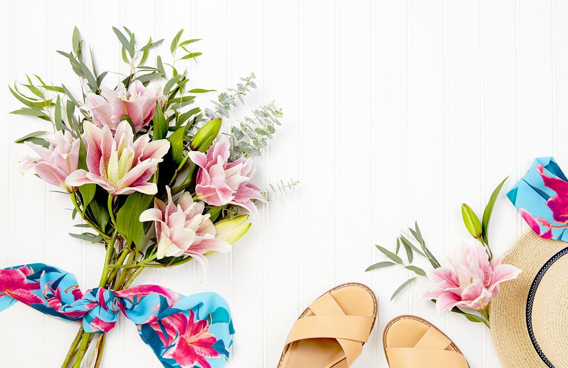 This Cute Collab Lets You Send Fashionable Florals
