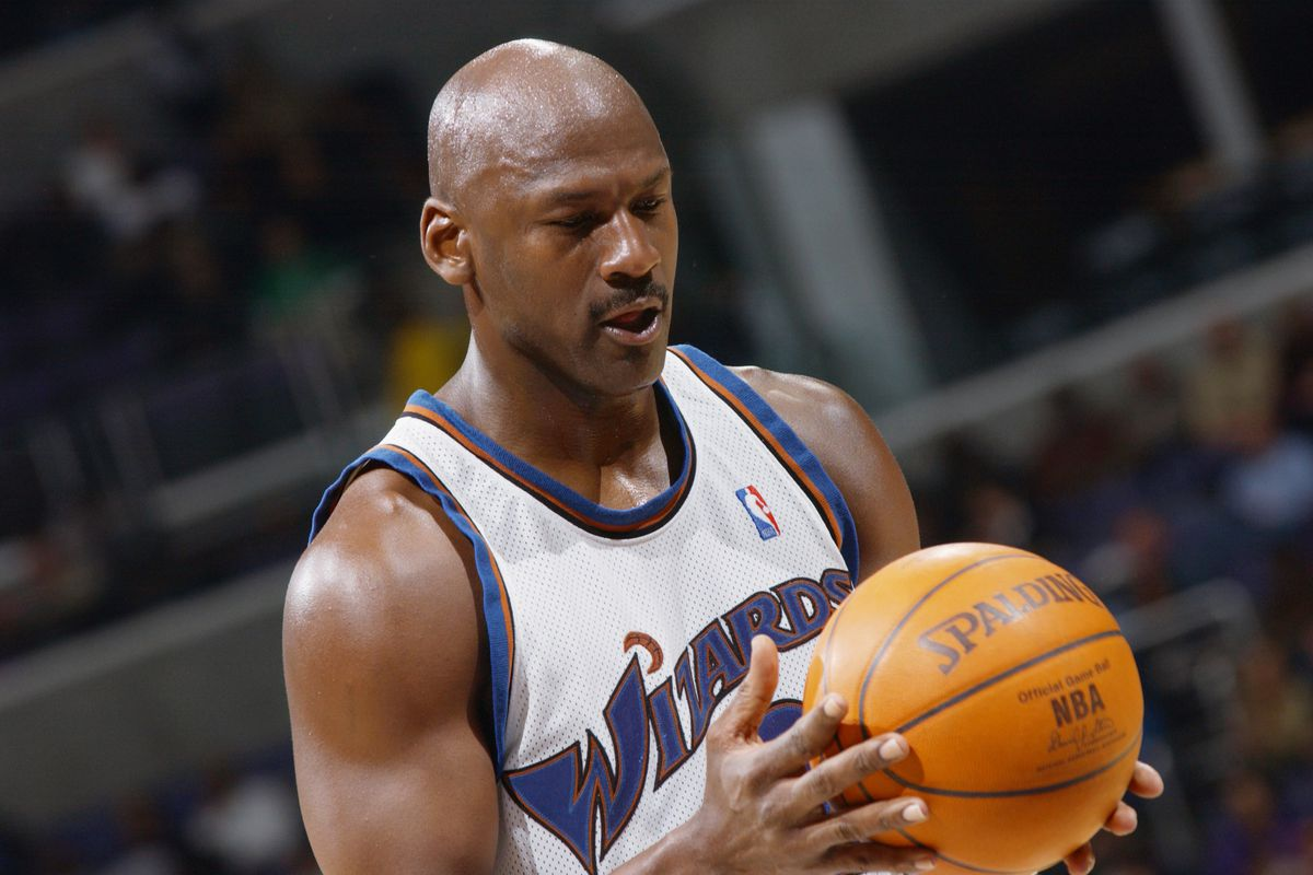 lucha elemento Moderador  Someone paid almost $50,000 for a Michael Jordan Wizards jersey - Bullets  Forever