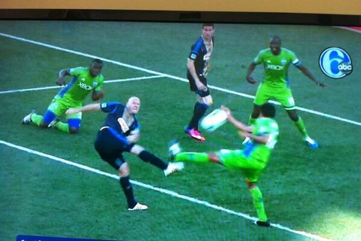 The possible hand ball that received no call.
