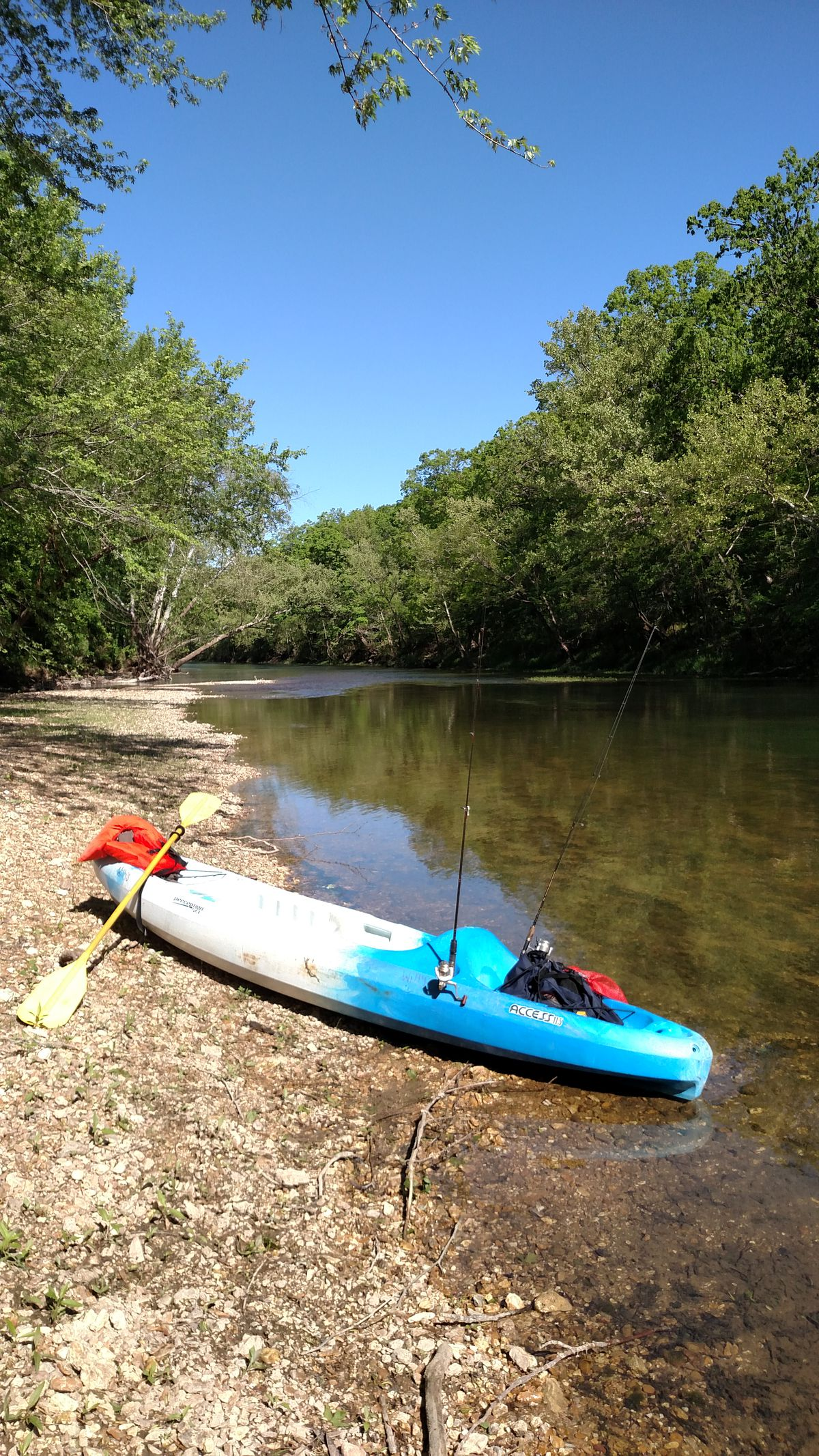 A still life on a gravel bar of kayak fishing on the Niangua River.<br>Credit: Dale Bowman
