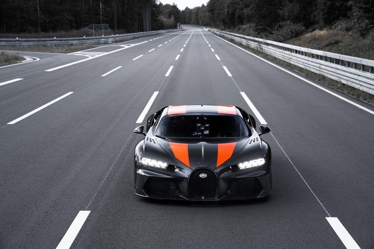 Bugatti ile ilgili görsel sonucu