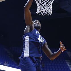 Kentan Facey finishes off the slam dunk.