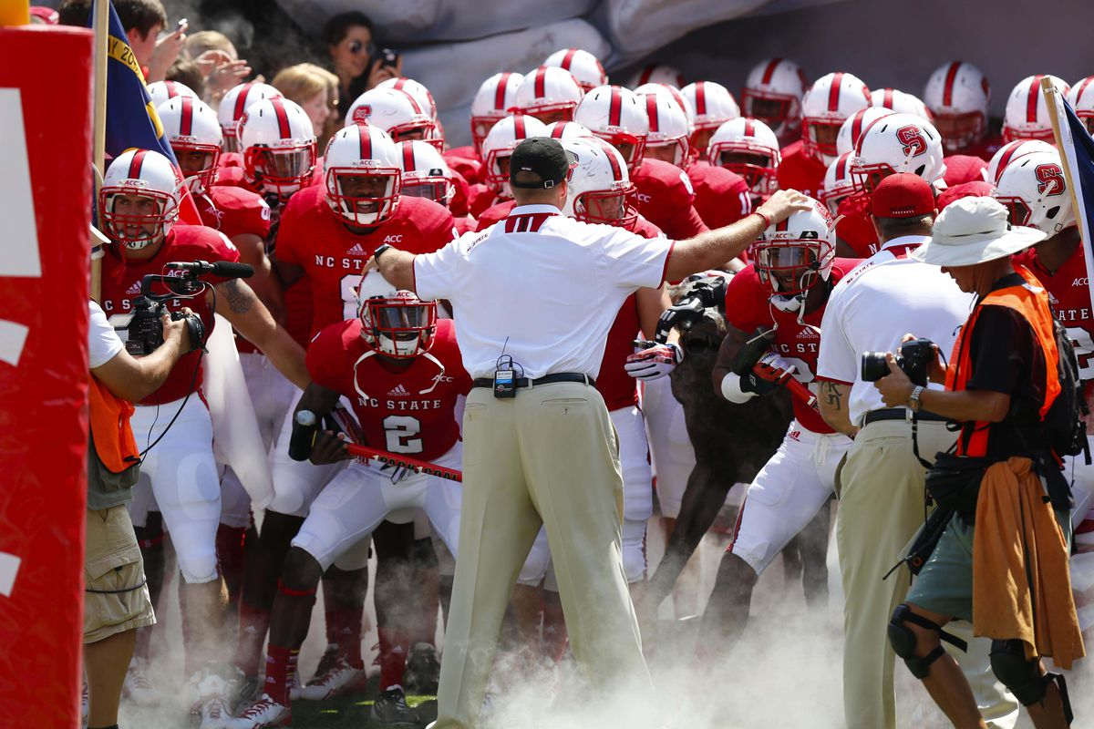 N.C. State football recruiting 2013  Dave Doeren building solid class in  1st year 93852892a