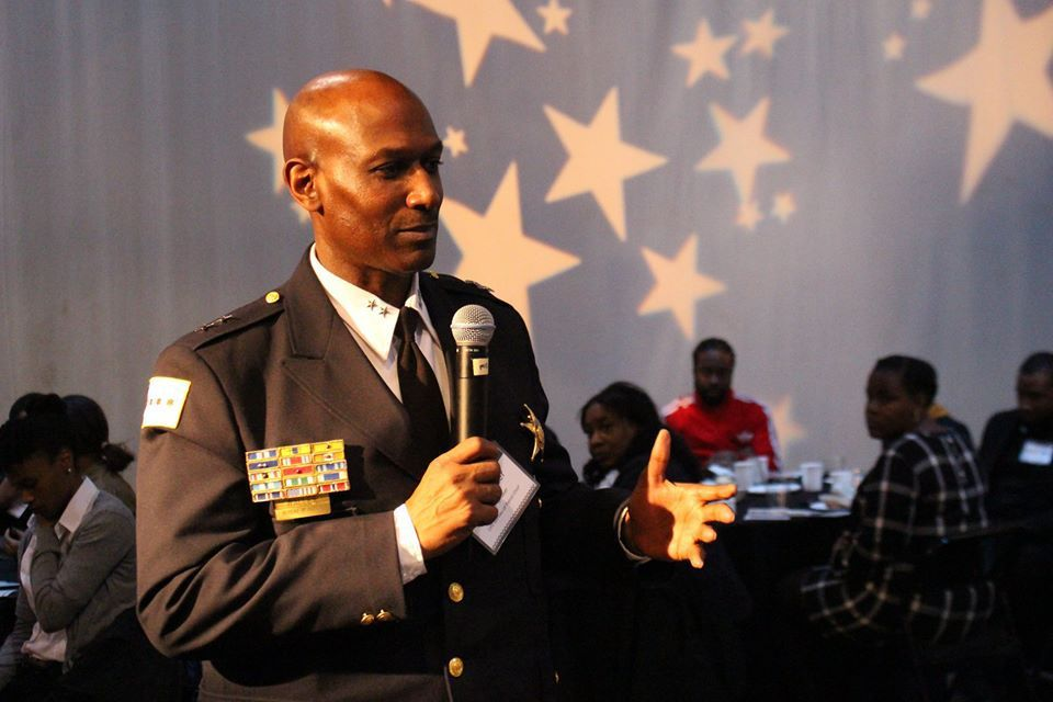 """Fred Waller, Bureau of Patrol Chief for the Chicago Police Department, shares his personal journey with teens at """"The Black Table,"""" a Black History Month event sponsored by BUILD, Inc., bringing disadvantaged youth together with black professionals.   Pho"""