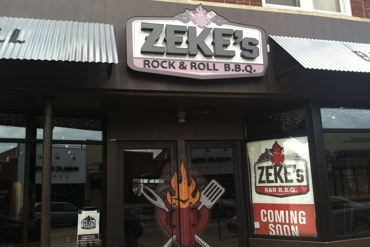 Zekes rr bbq debuts with four sauces cheese curds and sriracha zekes rock roll bbq brenna houck solutioingenieria Image collections