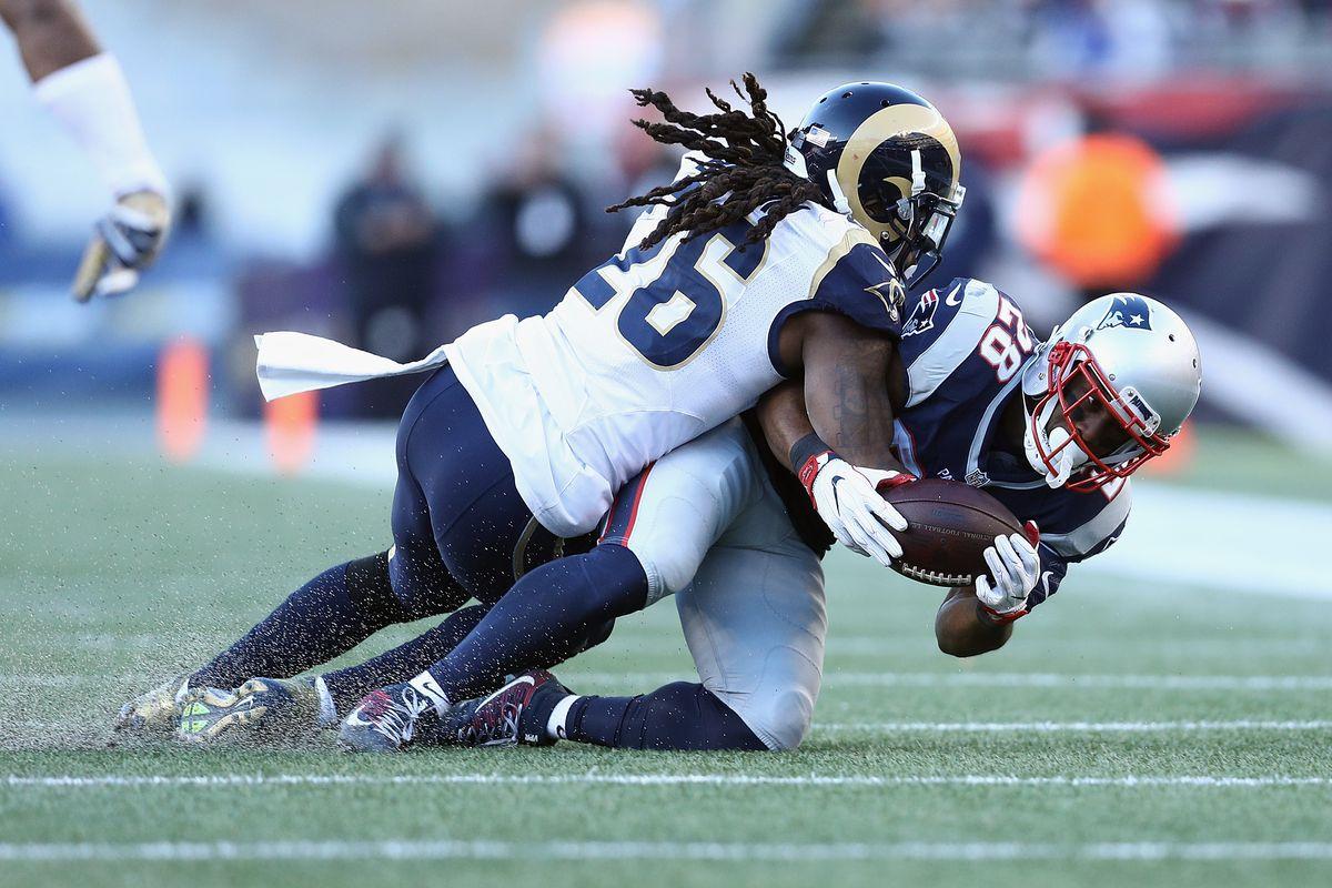 Los Angeles Rams v New England Patriots
