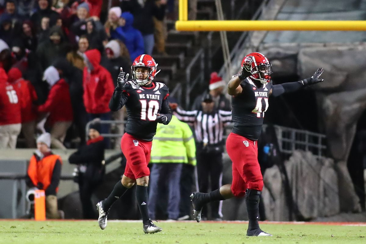COLLEGE FOOTBALL: NOV 16 Louisville at NC State