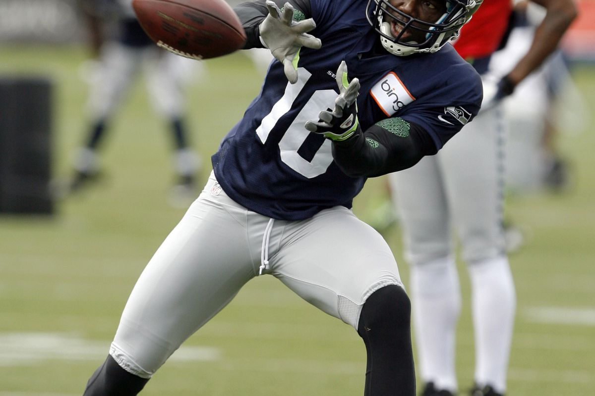 uk availability 61127 fc6d3 Terrell Owens Has First Seahawks Practice, Says He's ...