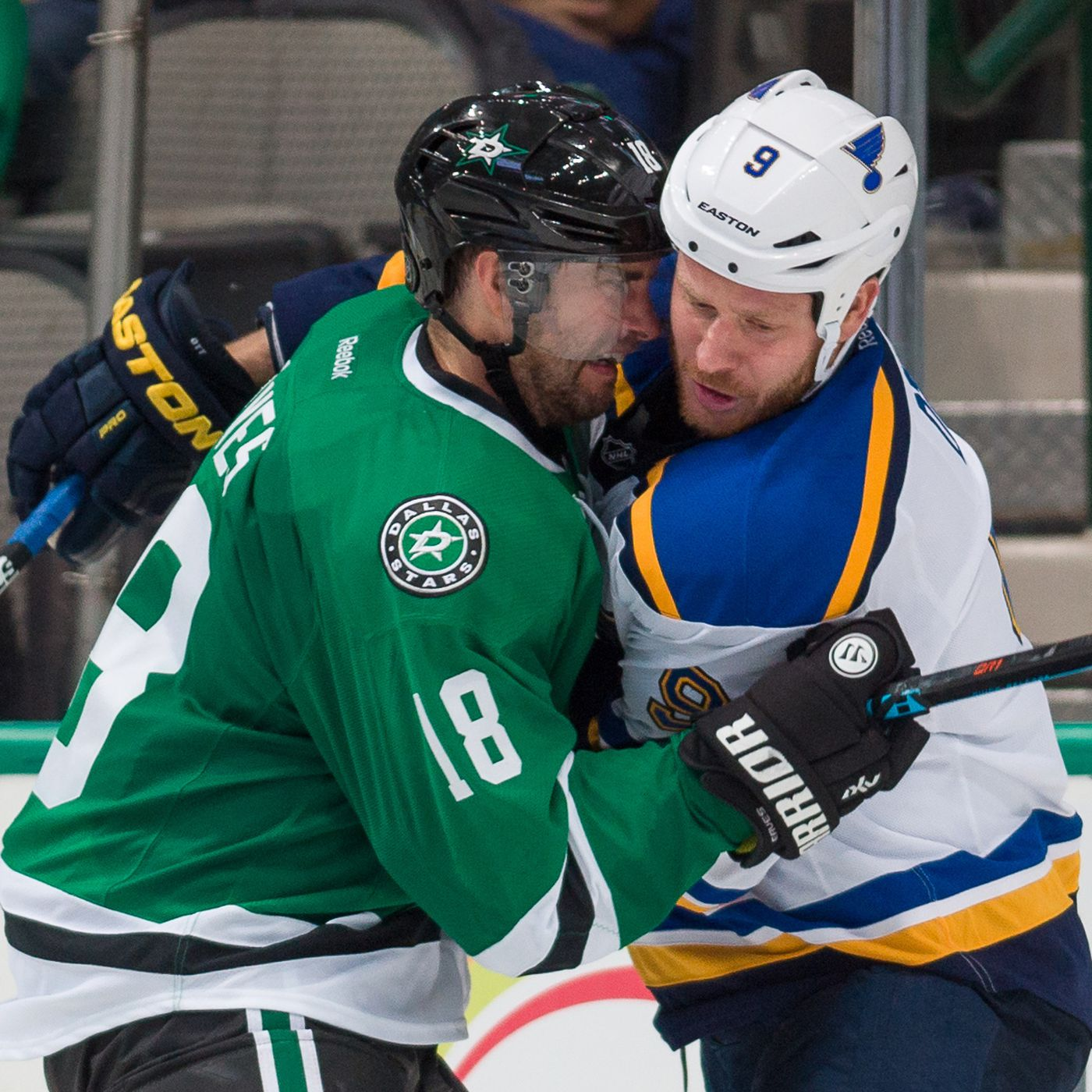 reputable site fb6c9 6d95f Dallas Stars Forward Patrick Eaves Out With Leg Injury ...