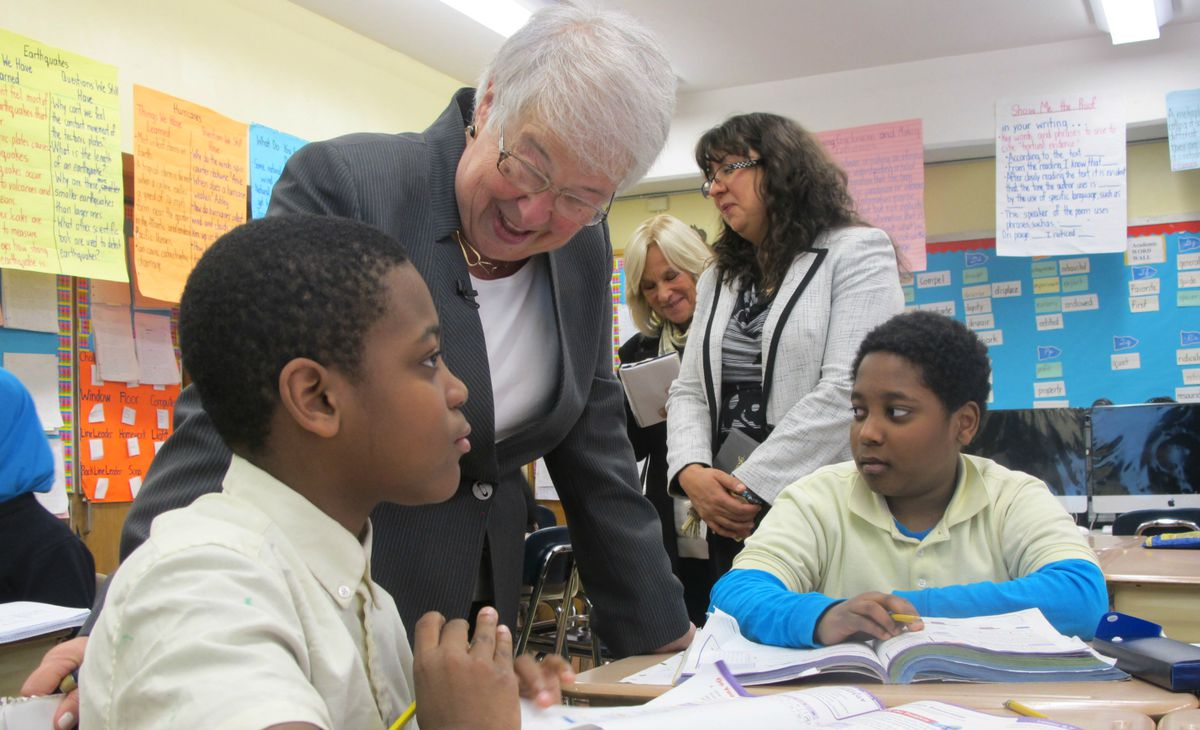 During her tour of P.S. 123, Fariña spoke to students in a fifth-grade math class.