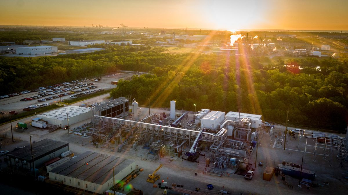 NET Power's 50 MW Demonstration Plant in La Porte, Texas burns natural gas without emitting carbon dioxide.