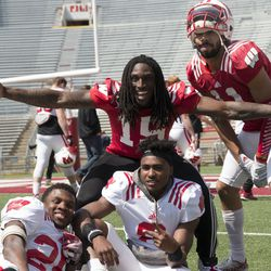 Badgers from both sides of the ball gather to pose