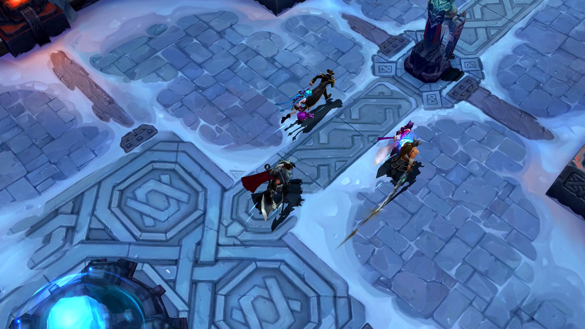 Champions of Legends: Wild Rift runs through the Howling Abyss map