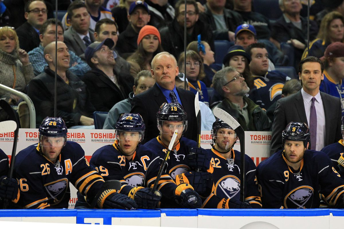 Teppo Numminen (left) is now assistant coach of the Buffalo Sabres