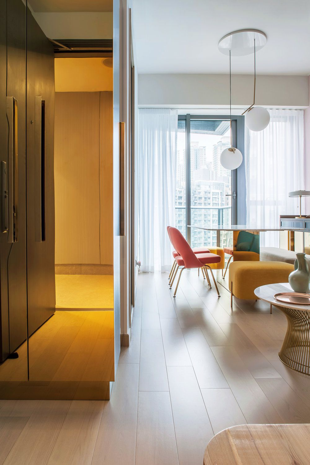 Small Apartment Is Full Of Instagrammable Design Trends