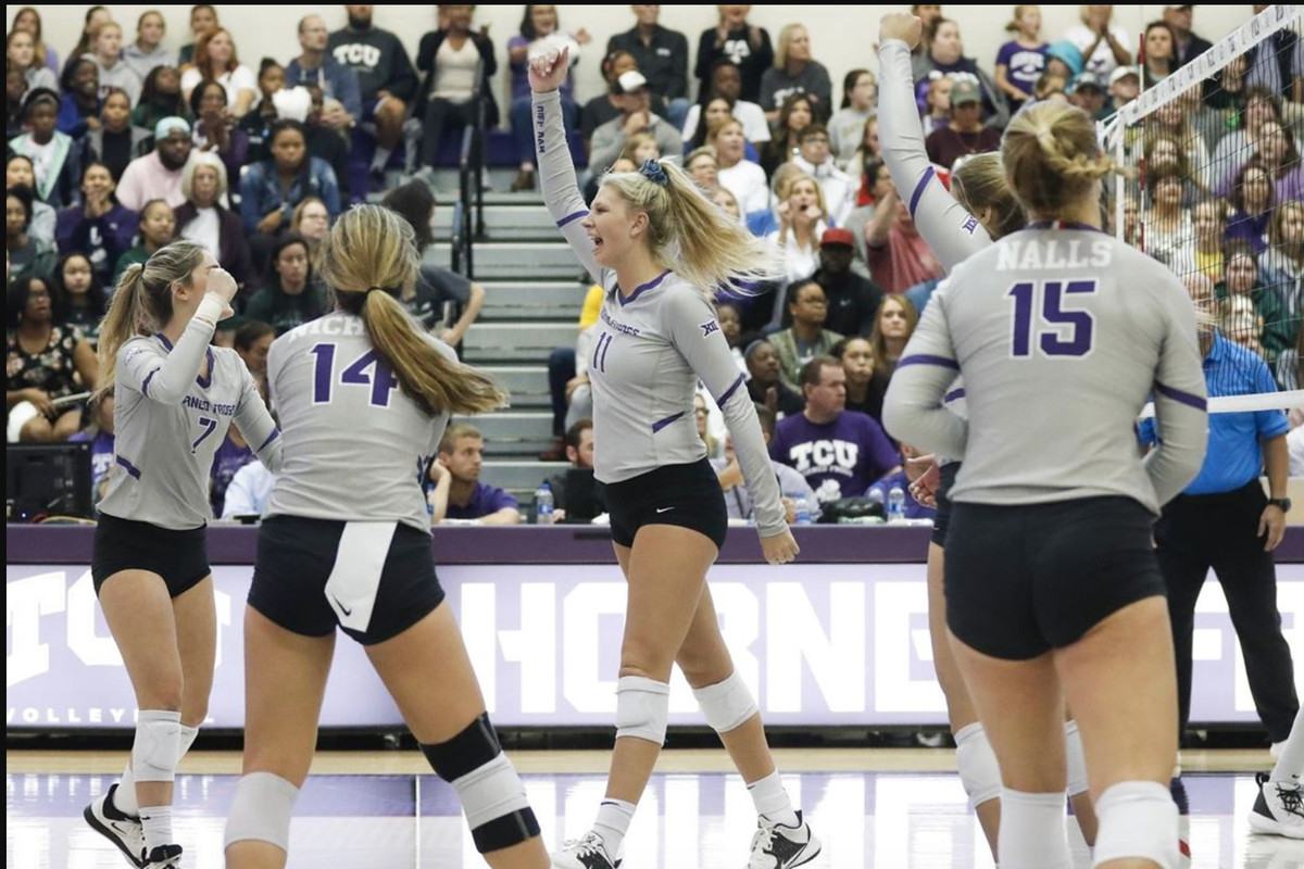 Junior Katie Clark Named To The Preseason All Big 12 Volleyball Team Frogs O War