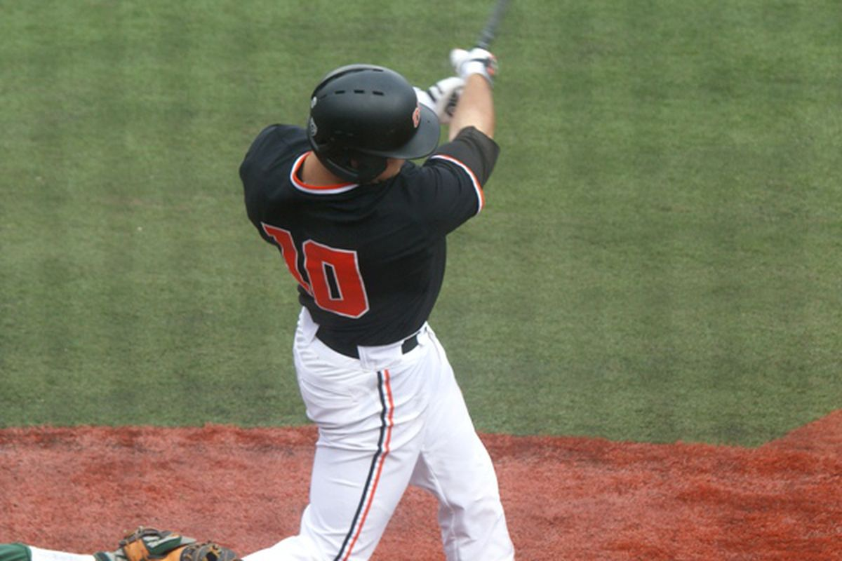 Dylan Davis snapped out of his slump with the game deciding 2 run home run in the first game of yesterday's double header. It was only the first of several balls the Beavers belted out of Goss Stadium before the afternoon was over.
