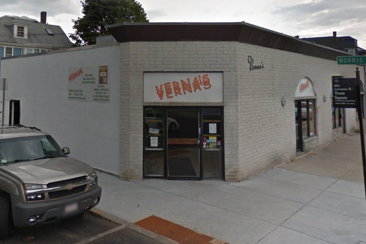 Verna's Donuts