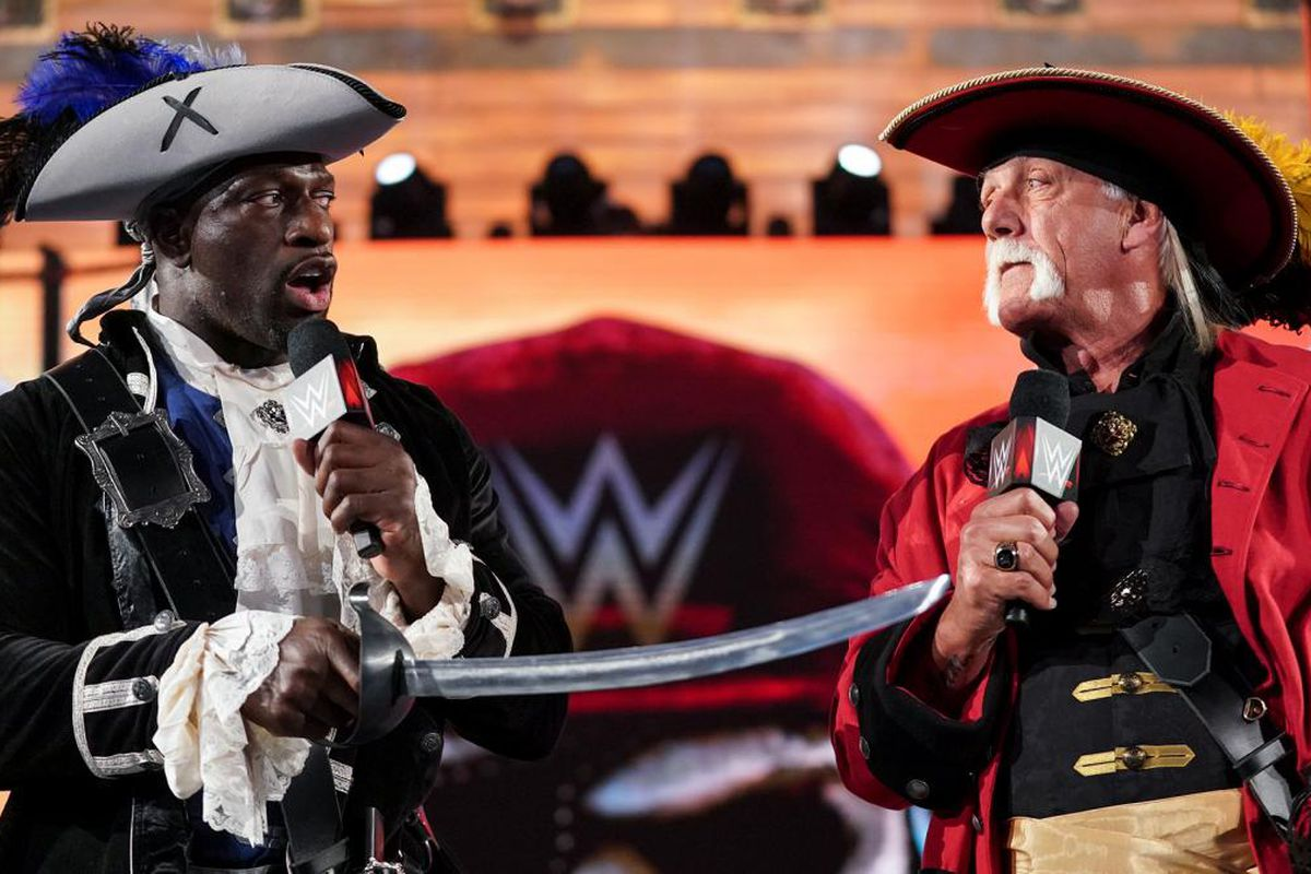 Titus O'Neil was surprised that Hulk Hogan was booed at ...