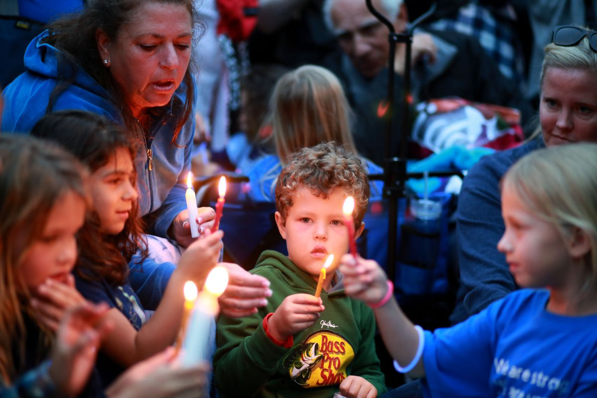 Community members and congregants attend a candlelight vigil for the victim of the Chabad of Poway Synagogue shooting at Valle Verde Park on April 28, 2019 in Poway, California.