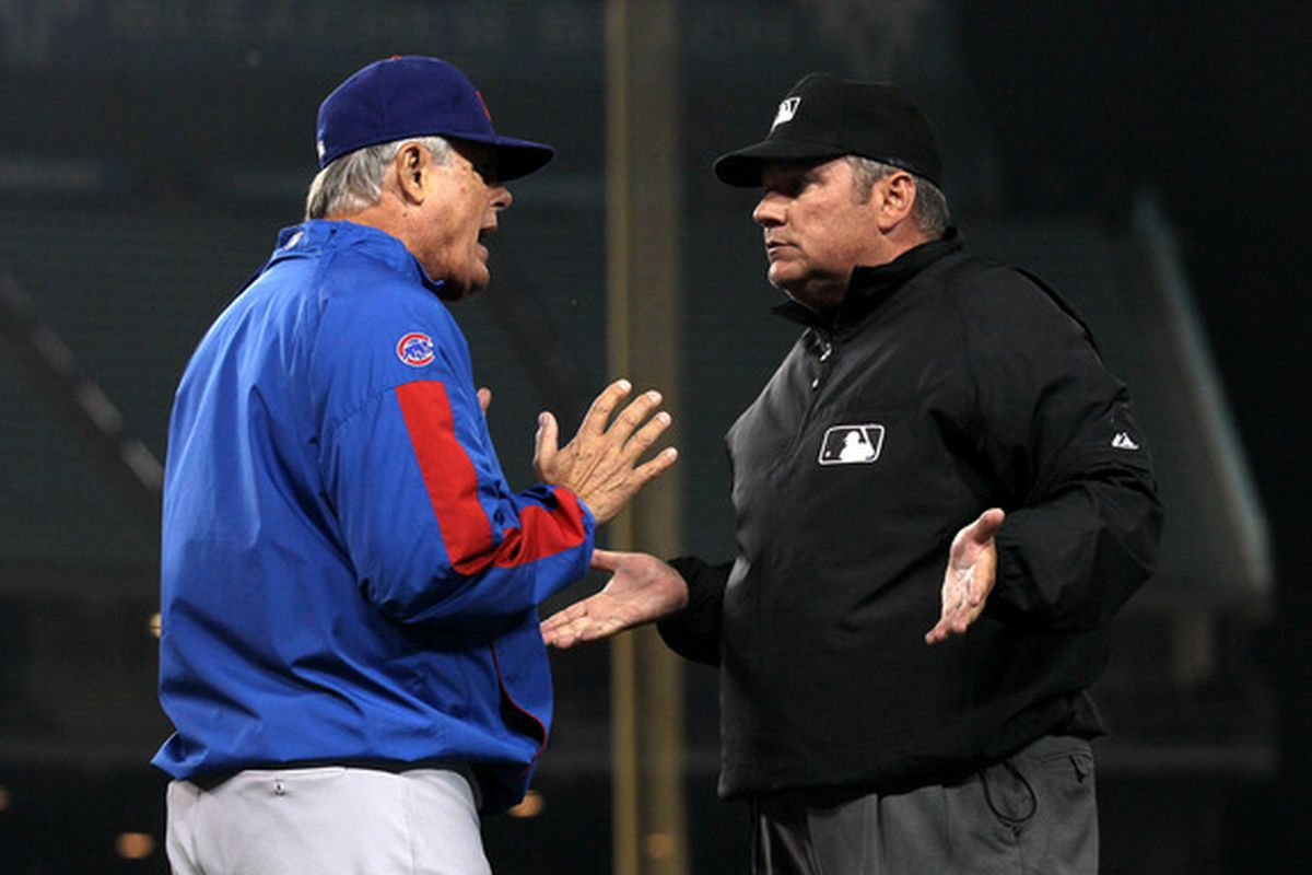 """Lou teaches umpire Hunter Wendelstedt how to say, """"Look, what do you want me to do?"""""""