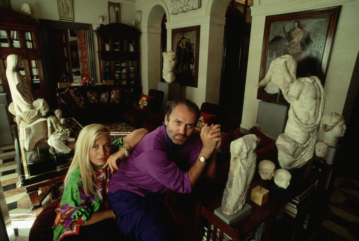 Donatella and Gianni Versace at home in 1990.
