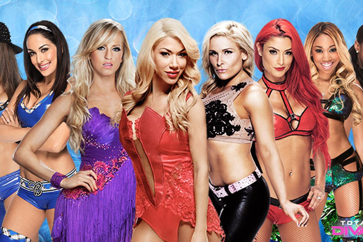 Total divas season 3 starts sept 7 2014 rosa mendes added to cast cageside seats - Lancia y diva rosa ...