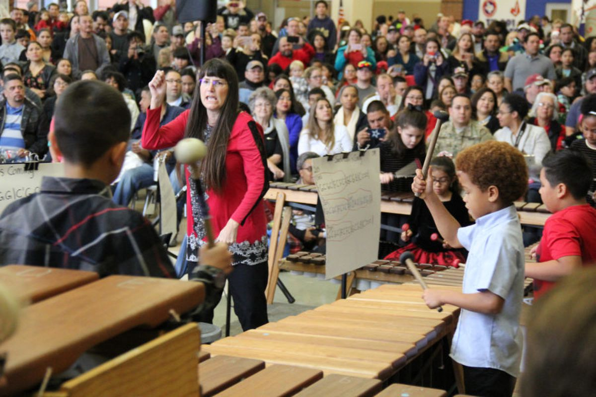 Bonnie Anderson teaching her students marimba.