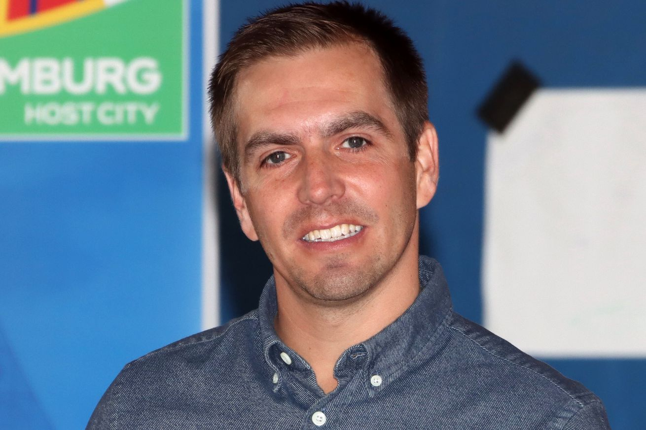 Philipp Lahm knows Bayern Munich losing is good for the Bundesliga?s title race