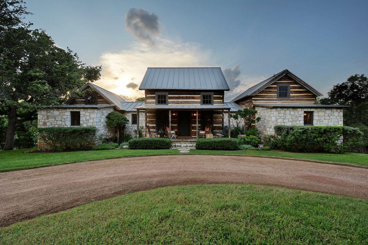 Peaceful Retreat On 4 7 Acres In Spicewood Seeks 1 499m Curbed Austin