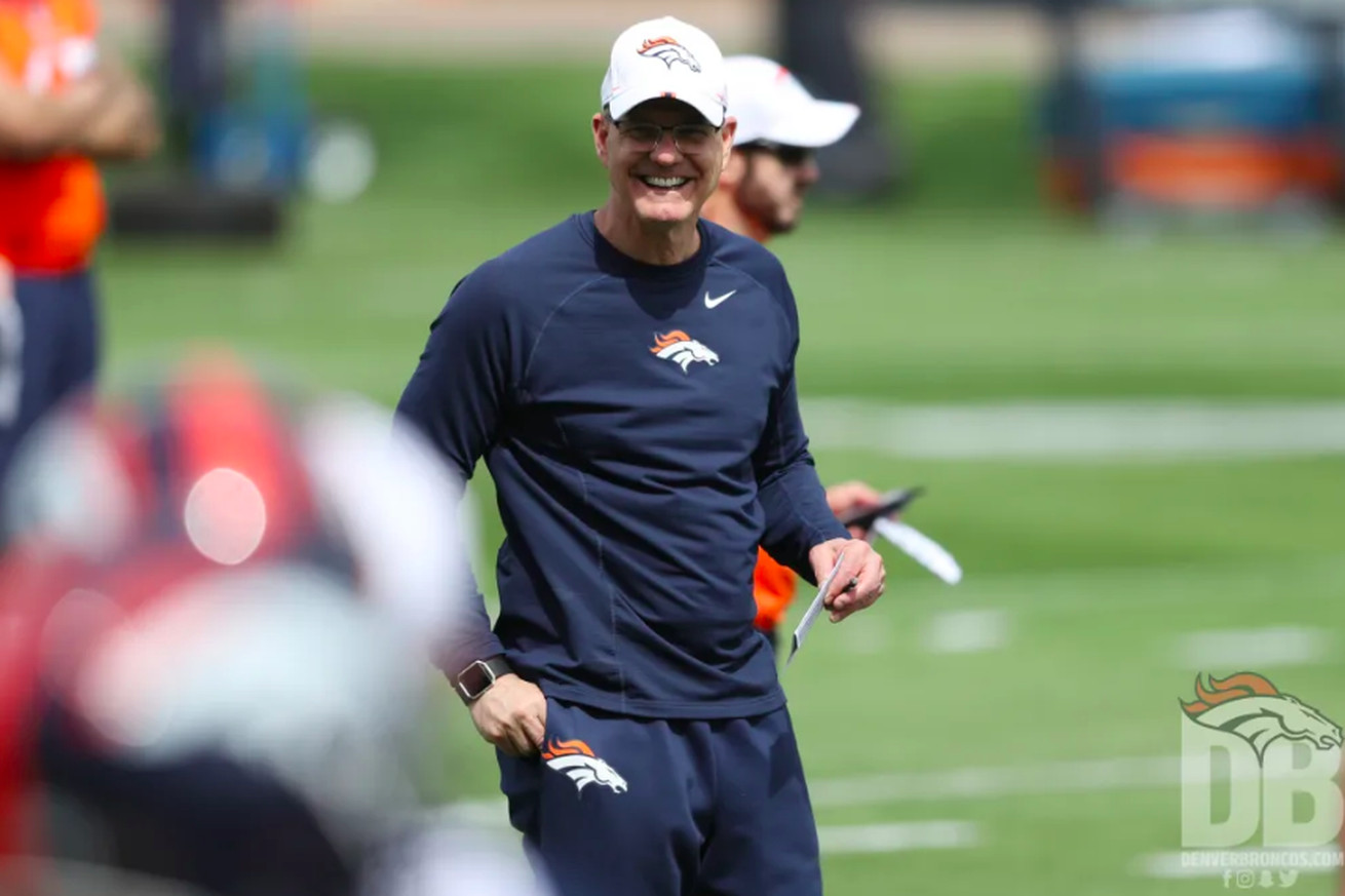 Broncos' new defensive coordinator confident about scheme, players following voluntary workouts